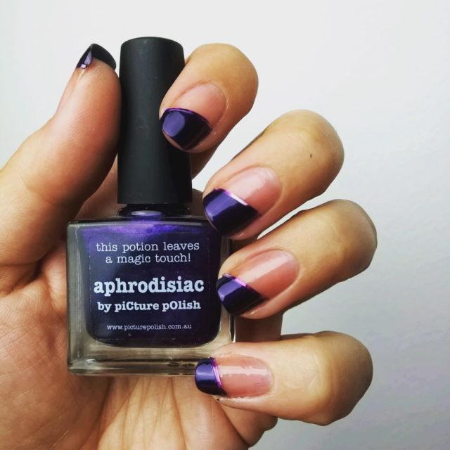 31DC2016 day6 purple picturepolish aphrodisiac magictouch bblogger nailpolishblogger chalkboardnails